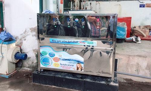 Máy lọc nước uống nóng lạnh 04 vòi